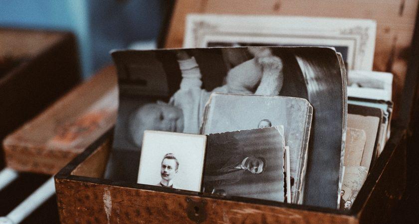 16. Books / Friends
